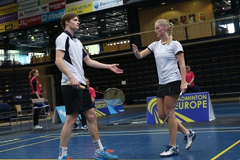 Mai Surrow - badminton